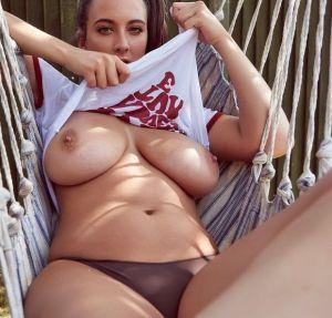 Pic - Those boobs!!!
