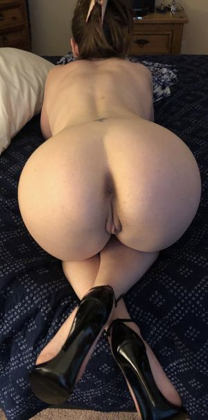 Pic - My whore prepared for group hookup