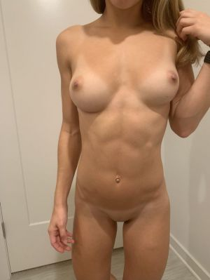 Pic - Cuntnugget- displaying off her impressive boobs