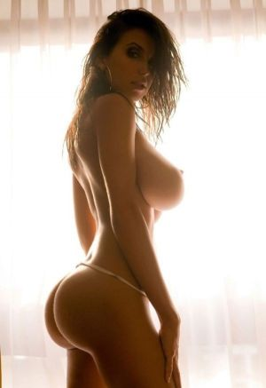 Pic - slender and curvaceous