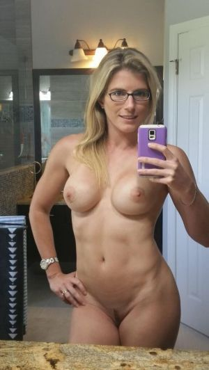 Pic - horny mother