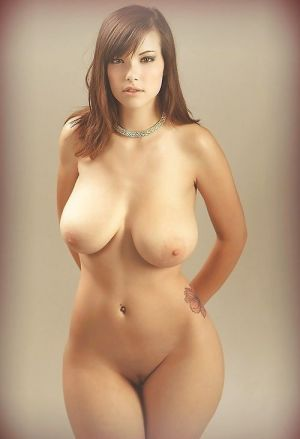 Pic - curvaceous huge boobs hottie