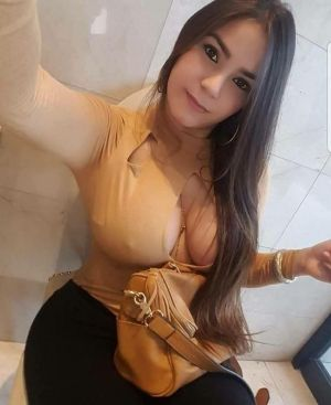 Pic -  year aged girl with huge and handsome boobs
