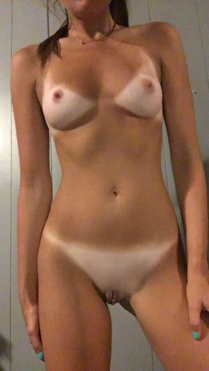Pic - ideal tanlines