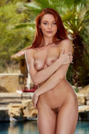 Pic - Top class ginger-haired lacy lennon