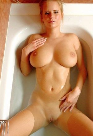 Pic - Zuzana revved tub time into playtime