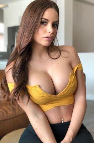 Pic - huge boob latina