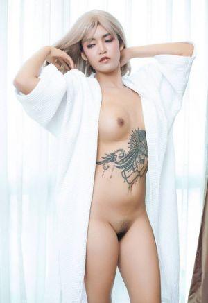 Pic - Nude stunner art