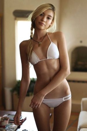 Pic - swimsuit blond