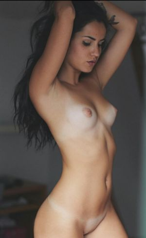 Pic - handsome tanlines boobs